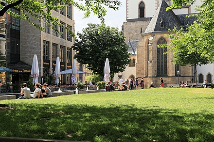 Leipzig has the most attractive inner city of all large German cities. Leipzig - Thomasgasse + Thomaswiese + Thomaskirche 01 ies.jpg