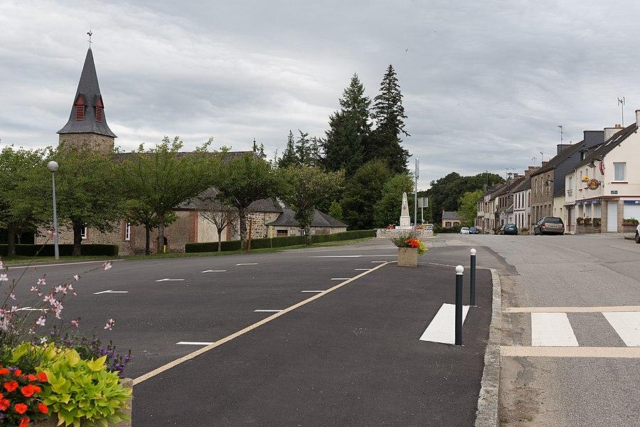 Centre-bourg des Forges.