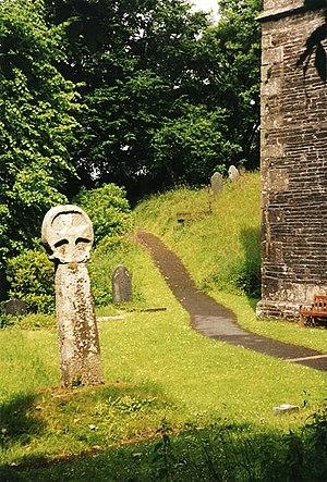 Lesnewth - The cross in the churchyard