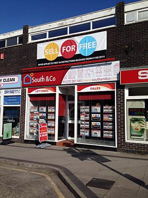 Letting agent - Letting Agent Building in Crewe