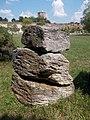 Leukofillit Sopronból. Kréta kori. 70-80 mio. éves. A fűzesmárki fehérpala formáció része. ELTE Tatai Geológus Kert - Tata.JPG