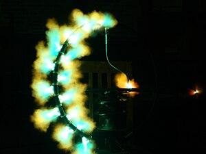 Breakdown voltage - High voltage breakdown of an insulator string