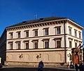 Lichtenštejnský palác na Kampě zepředu.JPG