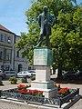 Litomyšl, socha B.Smetany.JPG