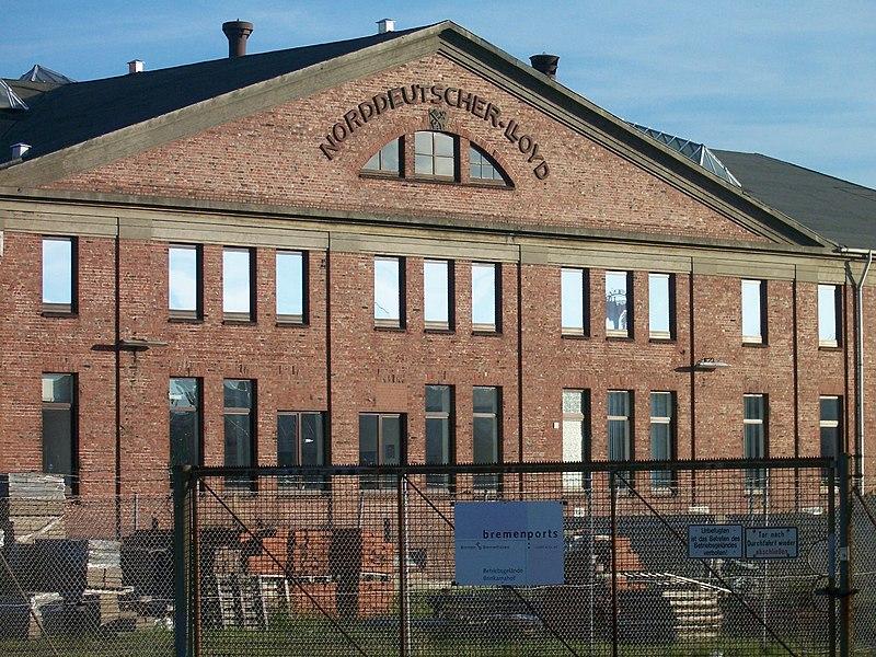 File:Lloyd-Werft - Verwaltung - panoramio.jpg