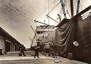 Robert Yarnall Richie - Image: Loading Dock, Galveston Wharf, Imperial Sugar Company 1938
