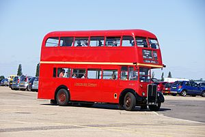 London Bus Company bus RT3871 (LLU 670), 2010 North Weald bus rally (2).jpg