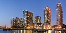 Long Island City New York May 2015 panorama 3.jpg