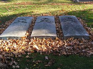 Lotta Crabtree - The gravesite of Lotta Crabtree in Woodlawn Cemetery