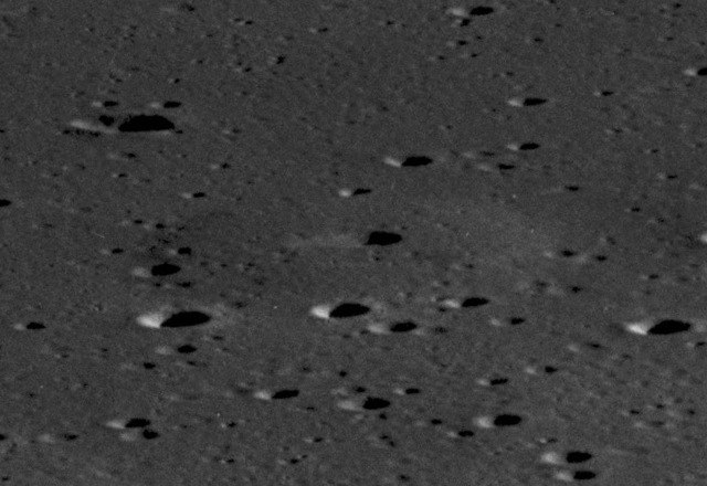 Lunar dome AS11-42-6317