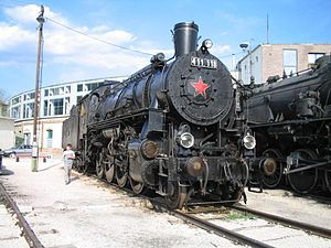 MÁV Class 411 - Preserved MÁV Class 411 number 411.118 in 2003