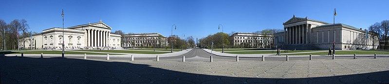 File:München - Königsplatz (Panorama).jpg