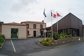The town hall in Saint-André-Goule-d'Oie