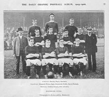 883db567331 A black-and-white photograph of a football team lining up before a match.  The Manchester United ...