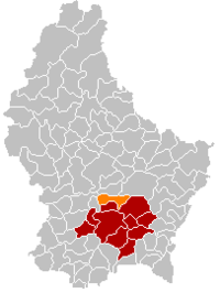 Map of Luxembourg with Steinsel highlighted in orange, and the canton in dark red