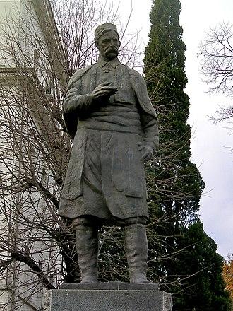 Marko Miljanov - Statue in Podgorica.