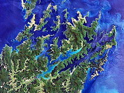 Marlborough Sounds, New Zealand.jpg