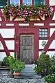 Marthalen - Wohnhaus, sogenanntes Altes Wirtshaus, Schaffhauserstrasse 3 2011-09-20 16-15-22.jpg
