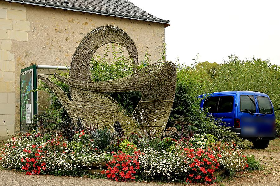 Flower bed in the basketry village of Villaines-les-Rochers