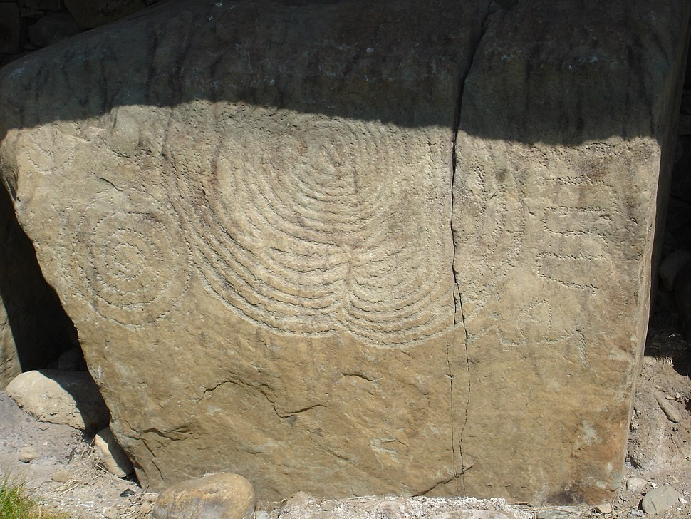 Megalithic art at Knowth burial site in Ireland.JPG