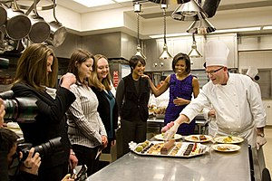 English: Students from L'Academie de Cuisine, ...