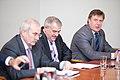 Ministru prezidents Valdis Dombrovskis tiekas ar Latvijas Lielo pilsētu asociācijas pārstāvjiem (8076321637).jpg