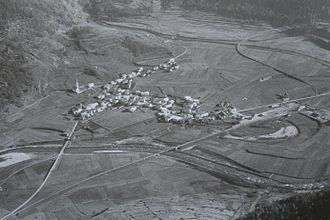 Zernez - Zernez on an aerial photography by Walter Mittelholzer (1925)