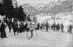 Mlle Marvingt course ski Le Lioran 1911 (cropped).jpg