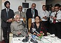 Mohd. Hamid Ansari interacting with the accompanying media on board on his way to Uzbekistan on May 21, 2013. The Minister of State (Independent Charge) for Environment and Forests, Smt. Jayanthi Natarajan is also seen.jpg