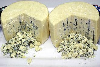 Wisconsin cheese - Image: Montforte Blue Cheese