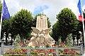Montreuil Monument aux morts.jpg
