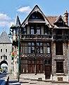 Moret-sur-Loing Maison Raccolet 3.jpg