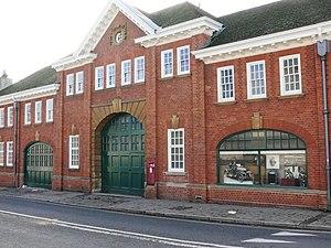 Longwall Street - Image: Morris garage, Longwall Street, Oxford