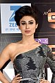 Mouni Roy grace the 10th Gold Awards 2017 (02) (cropped).jpg
