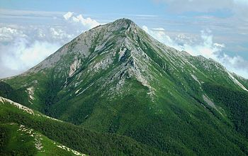 English: Mount Jōnen from_Mount_Akaiwa 日本語: 赤岩...