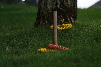 Muckers (game) - A pole with muckers around it; during a game of Muckers
