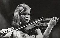 Musici, wedstrijden, violisten, verhey mw e, tschaikowsky concours, Bestanddeelnr 093-1212.jpg
