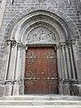 Néronde - Portail église.jpg
