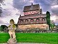 Nürnberg-(Schloss Neunhof-8-Zwerg mit Eierschüssel)-damir-zg.jpg