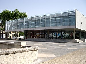 Narbonne library
