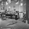Nationaal Songfestival 1964 Anneke Grönloh met orkest, Bestanddeelnr 916-0845.jpg