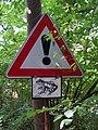 Nedamov, pozor žáby.jpg