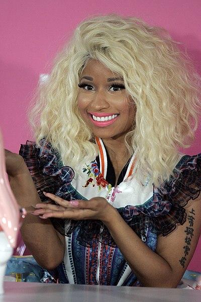 Ficheiro:Nicki Minaj 3, 2012.jpg