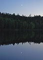Night by the lake (2564366205).jpg