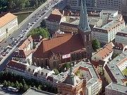 Berlin pour ce 5ème échange d'appartement... et CONCLUSIONS  dans ALLEMAGNE Berlin 180px-Nikolaikirche_Berlin_Fernsehturm