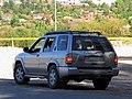 Nissan Pathfinder SE 2002 (37611327110).jpg