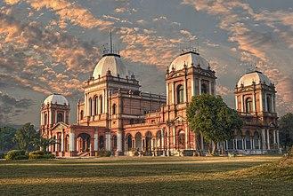 Noor Mahal - Facade and entrance of Noor Mahal