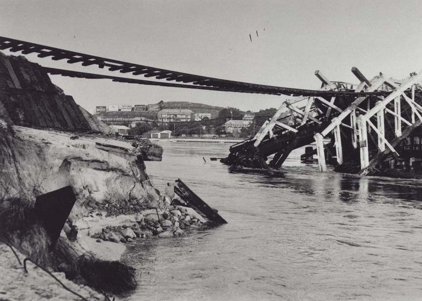 North Fremantle Railway Bridge collapse, 1926