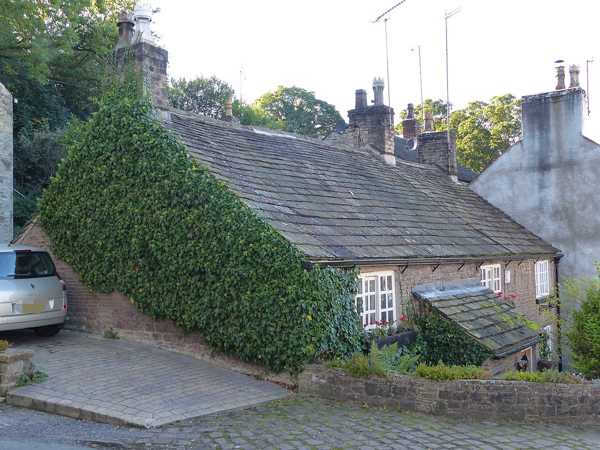 Nos 12, 14 and 16, Buxton Old Road, Disley.JPG