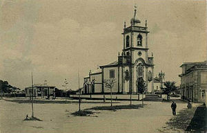 Senhora das Dores Church - Senhora das Dores church in 1906. Former school is to the left.